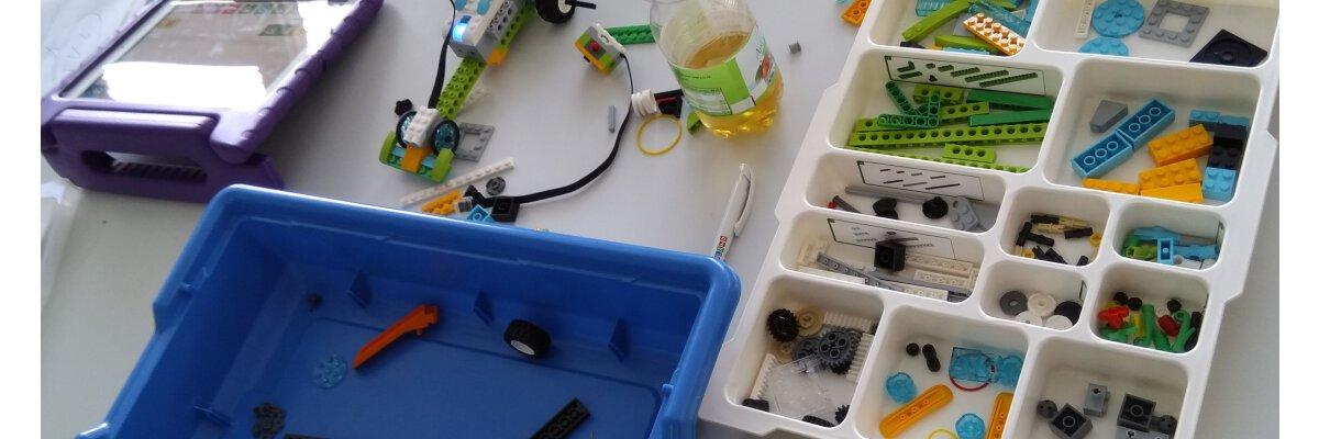 Mit LEGO Programmieren lernen!  - Programmier-Workshops mit LEGO WeDo für Kinder und Erwachsene