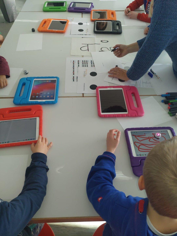 Ozobot Workshop spielend programmieren